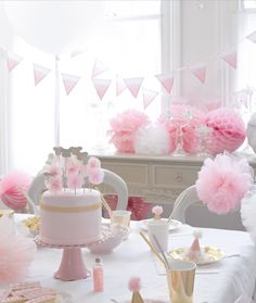 We Heart Pink - Party Tableware, Decorations, Birthday, Christening, Baby Shower
