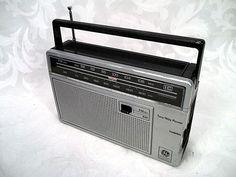 Sold Vtg GE General Electric AM FM AFC Radio Model 7-2660C #GeneralElectric