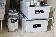 Undermount Sink Storage: Useful Space in The Daily — Deco Home Decor Under Bathroom Sink Storage, Bathroom Sink Organization, Bathroom Sink Design, Under Sink Organization, Sink Organizer, Bathroom Ideas, Bathroom Inspiration, Bathroom Island, Guys Bathroom