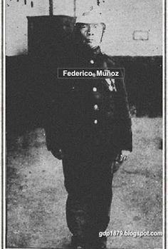 Federico Muñoz Camal. Los Angeles, (1863-?). Ingresa el 8 de Septiembre de 1880 al Regimiento Chacabuco como soldado, asciende a cabo 2° y a cabo 1° en 1883, a sargento 2° en 1885, siendo licenciado en 1888. Participó en Chorrillos y Miraflores, en la expedición a Huancayo; en el tiroteo con las montoneras del General Cáceres en Tarma-Tambo y contribuyó a la persecución de las fuerzas peruanas   Tomado del blog de Jonatan Saona http://gdp1879.blogspot.com/2015/08/#ixzz4lF5MCua4