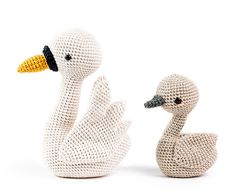 Zoomigurumi 6 - Anna and Peter the swans by Pica Pau - Amigurumipatterns.net