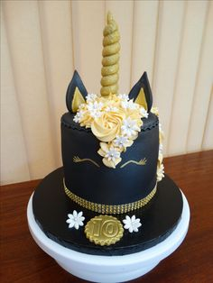 Black Unicorn Head Cake xMCx
