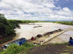 Panorama sombrío  El Senamhi pronosticó para la región Piura fuertes precipitaciones hasta el domingo 12 de marzo. Esta situación favorecerá al incremento de los caudales de los ríos y quebradas. Perú. 12/05/17