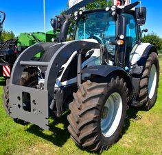 Neuer Kommunalrahmen für Valtra Traktoren