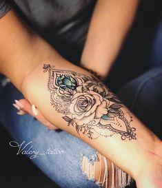 Ideas for diamond mandala tattoo designs Forarm Tattoos, Hot Tattoos, Body Art Tattoos, Girl Tattoos, Tatoos, Forearm Flower Tattoo, Small Forearm Tattoos, Forearm Sleeve Tattoos, Women Forearm Tattoo