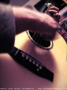 Guitarreando. Fotografía: María José Reyes