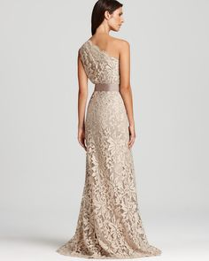 This Tadashi Shoji lace dress gives a nod to vintage charm without lacking in chic modernity. A grosgrain ribbon cinches the waist for a polished finished. Mother Of The Bride Dresses Long, Maid Of Honour Dresses, Mob Dresses, Mothers Dresses, Evening Outfits, Evening Dresses, Printed Bridesmaid Dresses, Simple Elegant Wedding Dress, Tadashi Shoji
