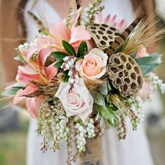 You'll certainly fall for this rich selection of autumnal bridal bouquets! (image via Green Wedding Shoes)