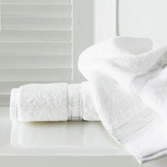 Sandra Venditti Bamboo Bath Towel