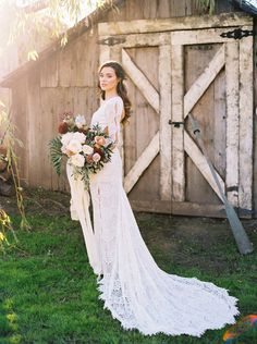 Ends 4/21! Pin to Win a wedding dress from Daughters of Simone and Show Me Your Mumu x Green Wedding Shoes bridesmaids dresses for ALL your girls! Details in the post!