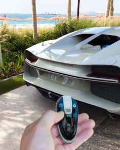 <<<The Bugatti Chiron Hermes concept key! Luxury Sports Cars, Top Luxury Cars, Exotic Sports Cars, Exotic Cars, Bugatti Auto, Bugatti Type 57, Bugatti Veyron Gold, Bugatti Chiron, Carros Lamborghini