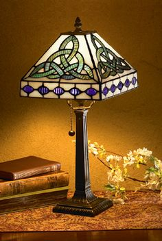 Candles & Lighting - Trinity Knot Lamp