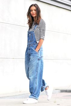 This Blogger Makes A Cool Case For Baggy 90s-Inspired Overalls via @WhoWhatWearUK
