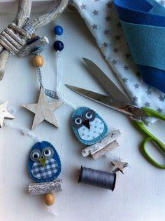 Mobiel met uiltjes. Atelier #wonenvoorjou Bird Crafts, Cute Crafts, Felt Crafts, Crafts For Kids, Christmas Time, Christmas Crafts, Owl Fabric, Diy Doll, Softies