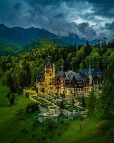 Magical Peleș Castle, a Neo-Renaissance castle in the Carpathian Mountains, near Sinaia, in Prahova County, Romania Beautiful Castles, Beautiful Places, Places To Travel, Places To Visit, Travel Destinations, Peles Castle, Travel Booking Sites, Romania Travel, Foto Blog