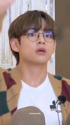 V Bts Hwarang, Run Bts, Taehyung, Running, Idol, Fandom, Keep Running, Why I Run