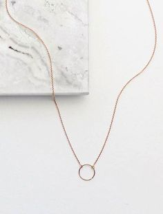 I love rose gold jewelry. Circle Necklace in Rose Gold / Vrai & Oro Rose Gold Jewelry, Dainty Jewelry, Simple Jewelry, Cute Jewelry, Antique Jewelry, Jewelry Accessories, Jewelry Necklaces, Women Jewelry, Fashion Jewelry