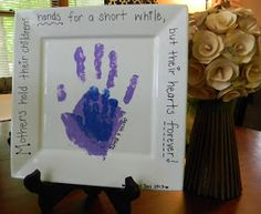 Naptime Nothings: Mother's Day Handprint Plate