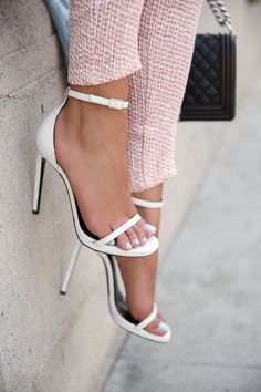 VIVALUXURY: PALE PINK SPRING & SAINT LAURENT JANE SANDALS