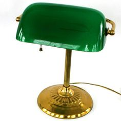 Vintage Bankers Lamp Brass Glass Kelly Green by RhapsodyAttic Vintage Lamps, Vintage Home Decor, Bankers Desk Lamp, Kitchen Cabinet Manufacturers, Cool House Designs, Light Table, Home Lighting, Glass, Link