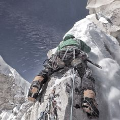 Though no one can go back and make a brand-new start, anyone can start from now and make a brand-new ending. Carl Bard [C4 Director @renan_ozturk photo. editing grab from the #merufilm feature doc at @Jo Marini studio. @jimmy_chin riding the 'shark fin' of the #meru summit ridge @conradclimber @The North Face]