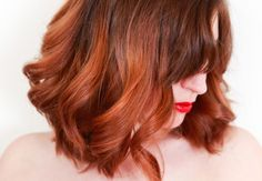 4 no-heat curl hair tutorials for gals trying to limit hair damage from hot tools No Heat Hairstyles, Curled Hairstyles, Vintage Hairstyles, Summer Hairstyles, Wedding Hairstyles, Curls No Heat, Soft Curls, I Heart Hair, Hair Curling Tutorial