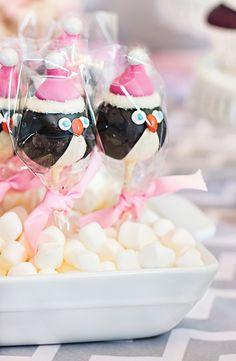 Penguin cake pops. LOVE.