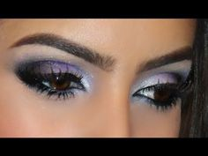 Colores morado, blanco y negro. Maquillaje de ojos para boda o fiesta de día. Purple, white, black. Evening night wedding party eye makeup. Couleurs violet, blanc, noir. Maquillage des yeux marriage fête soir soiree. Camila Coelho #purple #eye #videotutorial