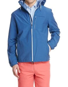 Anchors aweigh! Set sail on land or sea in our lightweight men's outerwear with a nice nautical flair.