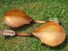 Back of the asymetric two point mandolins. www.runessonguitars.com