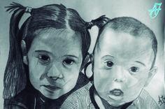 #AJ_ Hermanos que pasaran a presidir el salón de casa y ser los protagonistas únicos de las fiestas y su casa. #Retrato a #carboncillo sobre #papel A3.  Desde #benalmadena, #malaga, @AmparoJurado85 #docente2.0 #aj_informa con mucho #arte #pintura #creatividad #inspiracion #fotografia #art #lovingart #loveart desde #andalucia #españa porque #estaes_espania #estaes_andalucia #estaes_malaga #lovingmalaga #ilovemalaga #lovebenalmadena #costadelsol #regalosnavideños