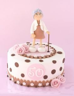 Birthday Cake Ideas For Nan - Share this image!Save these birthday cake ideas for nan for later by share this image, and f Gorgeous Cakes, Pretty Cakes, Cute Cakes, Awesome Cakes, 50th Birthday Cake For Women, 70th Birthday Cake, Fondant Cakes, Cupcake Cakes, Lemon Birthday Cakes