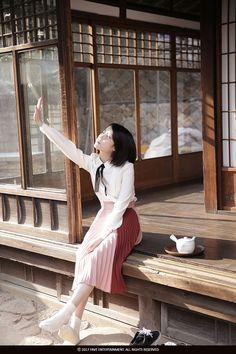little lonely soul Iu Fashion, Korean Fashion, Korean Girl, Asian Girl, Korean Style, Fan Picture, Night Aesthetic, K Idol, Feel Tired