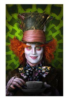 Alicia en el Páis de las Maravillas - Tim Burton. El sombrerero loco.  Locura en cada elementos 99784dd432a