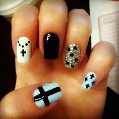 Really cute nail design for short (or long) nails.