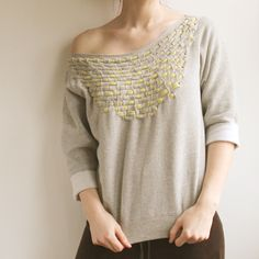 DIY jersey weave sweatshirt. gonna try this for sure!