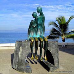 Nostalgia, Ramiz Barquet, Malecon, Puerto Vallarta