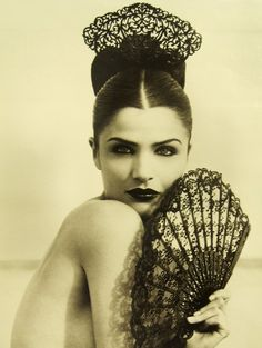 Photograph by Herb Ritts of Helena Christensen