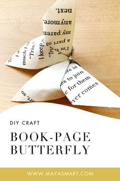 Old Book Crafts, Book Page Crafts, Book Page Art, Book Pages, Folded Book Art, Book Folding, Paper Folding, Diy Paper, Paper Crafts