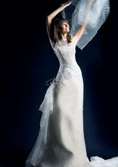 Suknia ślubna venika skromna i delikatna