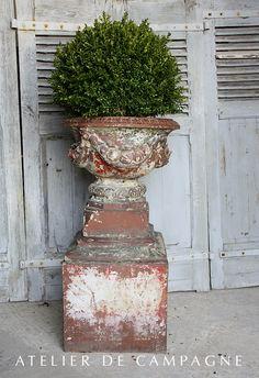#23/027 Terra Cotta Victornian Urn