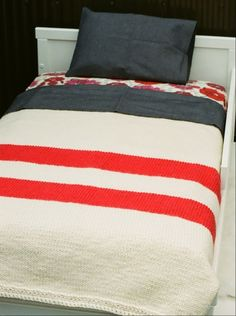 Affinita Moderne knit throw... cute for a kids room.