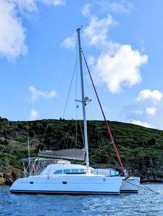 Used Sail Catamaran for Sale 2004 Lagoon 380 Sunreef Yachts, Sailing Catamaran, Boat Safety, Boat Names, Cats For Sale, Sail Boats, Used Boats, Dinghy, Boats