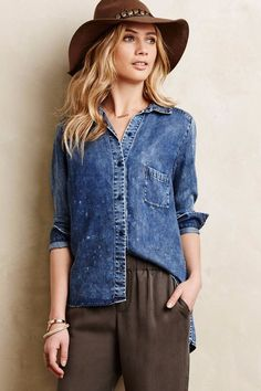 ANTHROPOLOGIE NIA DISTRESSED PETITE CHAMBRAY BUTTON DOWN TOP SHIRT by AMADI XSP…