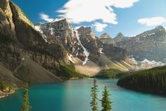 (OC) Came across this totally unique place... Moraine Lake Alberta [4000x2667] MightyNinja http://ift.tt/2jLvOf1 September 20 2017 at 12:53PMon reddit.com/r/ EarthPorn