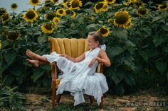 Madi Noelle Photography, Tennessee Photography, Sunflower Field, Sunflower Session