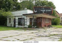 Urban Decay Abandoned Building Youngstown Ohio - Stock Image