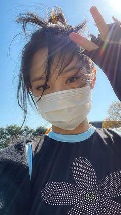 Blackpink Photos, Girl Photos, Jungkook Abs, Blackpink Memes, Jennie Kim Blackpink, Meet Girls, Ulzzang Korean Girl, Cool Girl Pictures, Blackpink Fashion