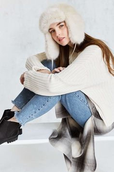 Faux fur trapper hat http://www.urbanoutfitters.com/urban/catalog/productdetail.jsp?id=40230294&category=GIFT-HER-WACC