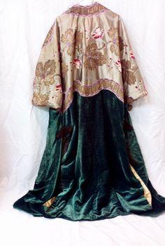 RARE 20s coat // 1920s coat // Edwardian coat // 1900s coat // Rare evening coat // Art Deco // Kimono coat // 20s kimono // 1920s dress // https://www.etsy.com/listing/182061884/rare-20s-coat-1920s-coat-edwardian-coat